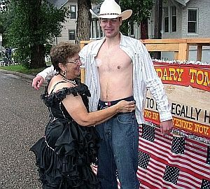 Nice pecs.  Sorry Reed, we was talkin' to the lady.