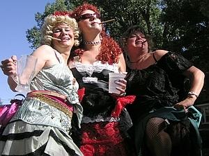 Susan, Diane (RIP), & Cris - damn purdy float hoes.