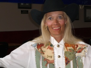 Glee - offerin' a helping hand to our young rodeo buffs